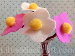 Simple Daisy Felt Flower Craft