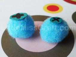 Blueberry Fuzzy Pom Craft